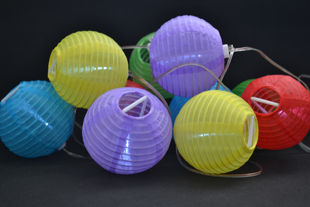 10 LED Solar Multicolour Lanterns Light Party Outdoor Decor String